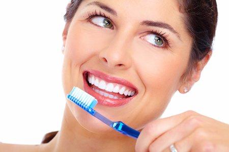 Sonsrisas blancas. Blanqueamiento dental. COED Mónica Arranz. Tres Cantos Madrid