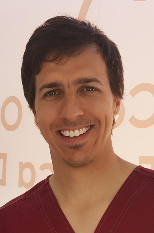 Dr. Jose Maria Yarte, especialista en Cirugía e Implantologia Oral